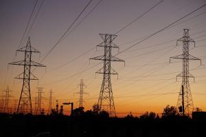 power-lines-997249_1920